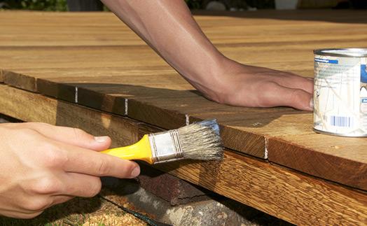 deck-sealing